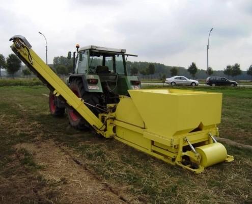 Trencher om terreinen van drainage te voorzien SMO Machinebouw (1)